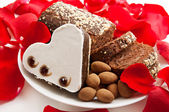 Heart shaped brownie — Stock Photo