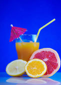 Tropical cold cocktail — Stock Photo