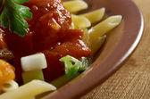 Pâtes à la sauce tomate boeuf — Photo