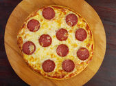 Homemade pizza Pepperoni.Closeup — Stock Photo