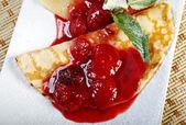 Pancakes with strawberry jam — Stock Photo