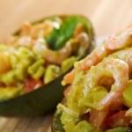Avocado and Shrimps Salad — Stock Photo