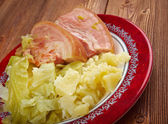 Bacon and cabbage — Stock Photo