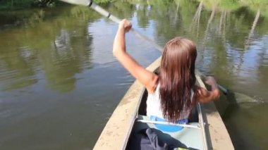 Kayak, river, girl rowing — Stock Video