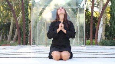 Woman. prayer — Stock Video