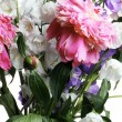 Bouquet of peony and eustoma — Stockfoto