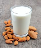 Almond milk — Stock fotografie