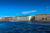 View of St. Petersburg. Palace Embankment — Stock Photo