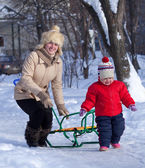 Mother with toddler in winter — Stock Photo