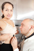 Doctor listening the patient — Stock Photo