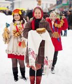 Women Maslenitsa festival — Stock Photo