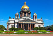 Saint Isaac's Cathedral in St. Petersburg — 图库照片