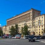 Moskovsky Prospect in Saint Petersburg — Stock Photo #18203599