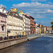 View of St. Petersburg. Griboyedov Canal in sunny day — Stockfoto