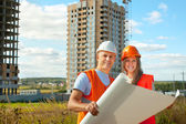 Portrait of two builders — Stock Photo