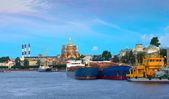 Cargo ships at Neva river in morning — Stock Photo