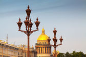 Lamppost against Saint Isaac's Cathedral — Foto Stock