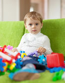 3 years child plays with toys — Stock Photo