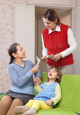 Mother hires nanny — Stock Photo