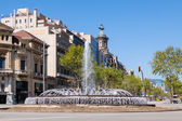 Crossing Gran Via de les Corts Catalanes and Passeig de Gracia — Stock Photo