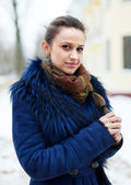 Outdoor winter portrait of woman — Stock Photo