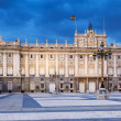Royal Palace in evening time. Madri — Stockfoto
