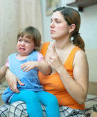 Mother berates crying child — Stock Photo