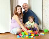 幸福的家庭,家中 — 图库照片