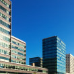 New houses againat blu sky — Stock Photo #28693919