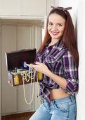 Hazine sandığı ile ev hanımı portresi — Stok fotoğraf