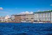 Weergave van sint-petersburg. paleis embankment — Stockfoto