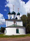 St. Nicholas Church at Yaroslavl in summer ssia — Stock Photo