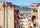 Górskich ulic w dzielnicy zamieszkania śródziemnego miasta — Zdjęcie stockowe