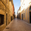 Ordinary street in europetown. Banyoles — Stock Photo #30994503