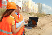 White-collar workers works on the building site — Stock Photo