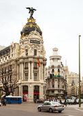 Calle de alcala ve gran via madrid kapısı — Stok fotoğraf