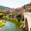 Medieval stone bridge over Fluvia river in Besalu — Stock Photo