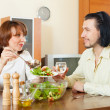 eating salad vegetables in your home  — Stock Photo