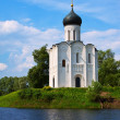 Church of Intercession on River Nerl in summer — Stock Photo #32307841