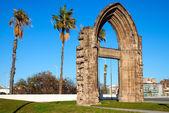 Original arc gate of the Carmelite Convent of Barcelona — Stock Photo