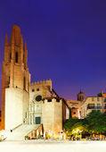 Night view of Girona - Church of Sant Feliu — Stock Photo