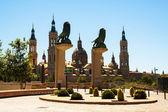 Bridge of Lions in Zaragoza — Stock Photo