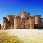 Main gate in Gothic Mudejar castle — Stock Photo