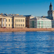 View of St. Petersburg. Universitetskaya Embankment — Stock Photo