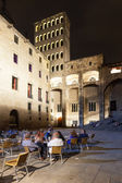 Night view of Placa del Rei at Gothic Quarter — Stock Photo