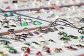 Teller met sieraden — Stockfoto