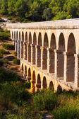 Aqueduct de les Ferreres in Tarragona. Catalonia, Spain — Stock Photo