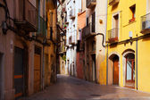Narrow street in old town. Tarragona — Stock Photo