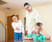 Parents berating her teenage child — Stock Photo