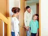 Rencontre avec abus de fils de parents — Photo
